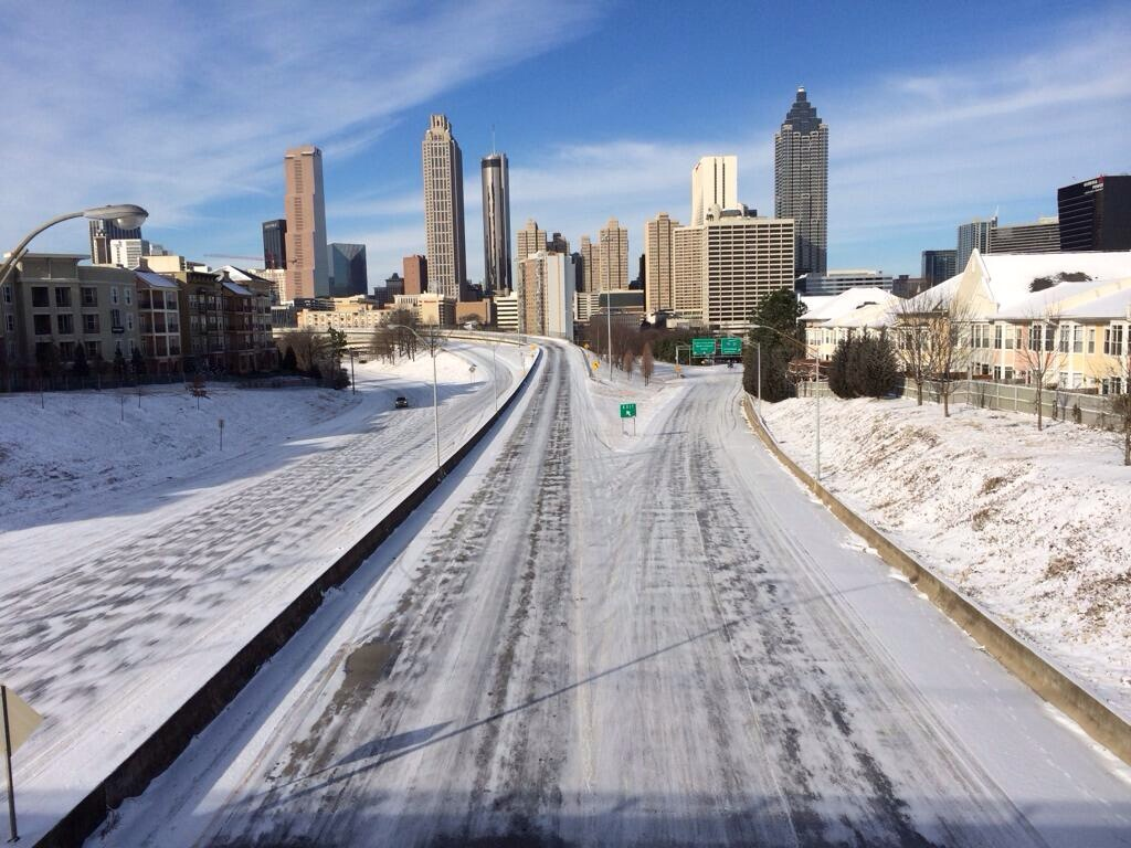 WABE news photo atlanta snow deserted walking dead highway