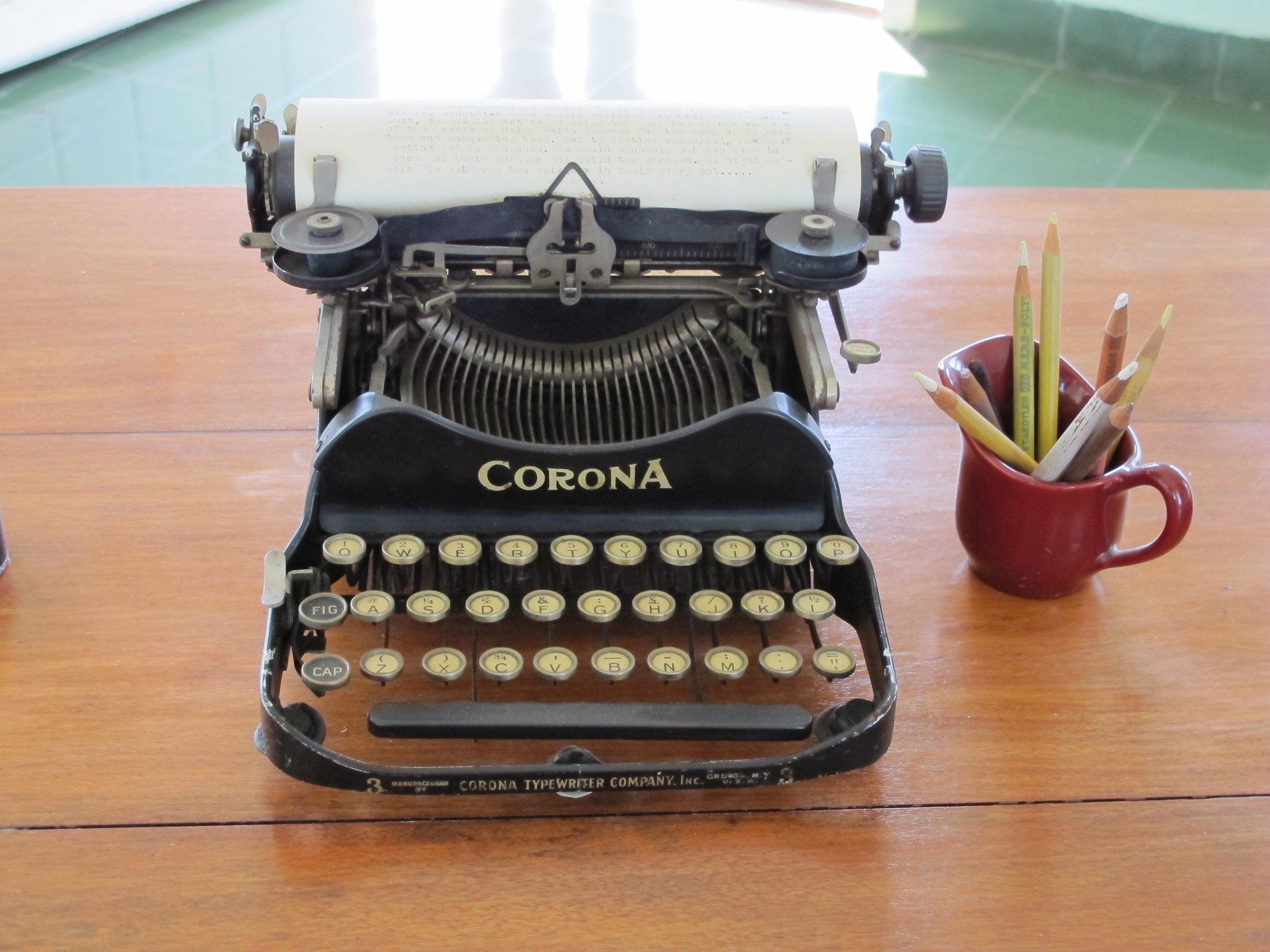 Hemingway's typewriter - Cuba
