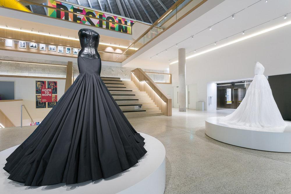 azzedine-alaia-design-museum-exhibition_dezeen_2364_col_71.jpg