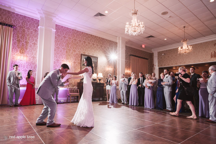 Premiere Party Entertainment At The Piedmont Club In Spartanburg Greenville Anderson Sc South Carolina Wedding