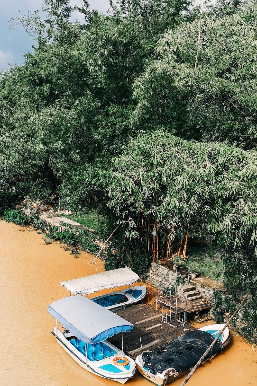 kandy-river