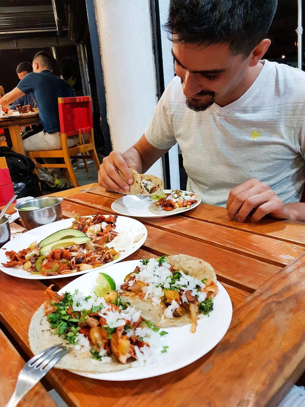 Tacos al Pastor, La Tomate Taqueria, Guadalajara, Meksiko