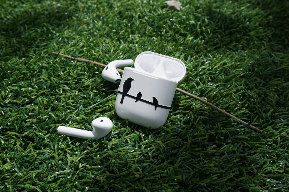 apple-airpod-decal-case-vinyl