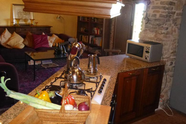 8. Villa Kitchen to Living.JPG