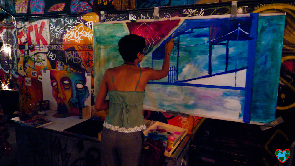 lady painting-1188768.jpg