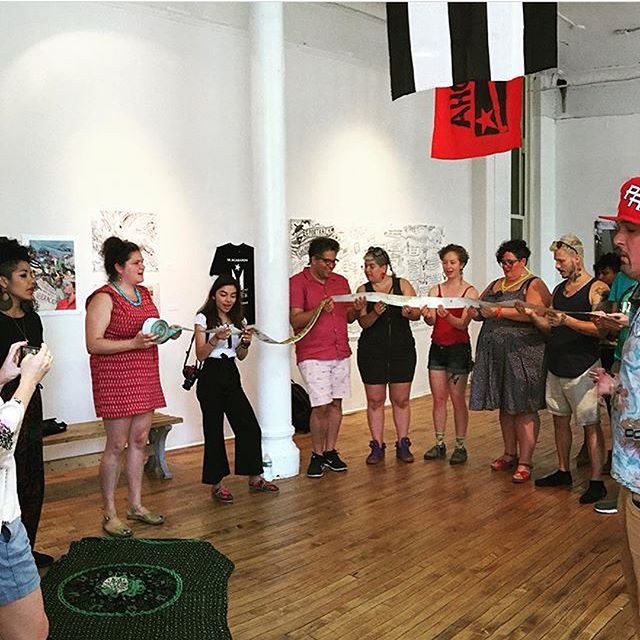 Monday's your last chance to see the When We Fight We Win exhibit! So grateful to have experienced this new scroll by @agitarte_cultural_works & amazing artists like our fam @onespacefor ! This 175 ft. illustration tells the story of Puerto Rican resistance struggles throughout history with song & a 3-2 clave. #vivapuertoricolibre  first 📷: @lilytrombone