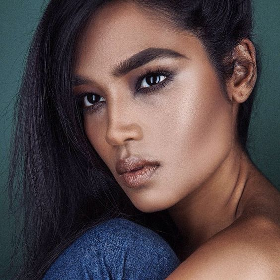Shivani Persad is a Canadian model and activist living in NYC. Her passions include: intersectional feminism, cats and boxing.
