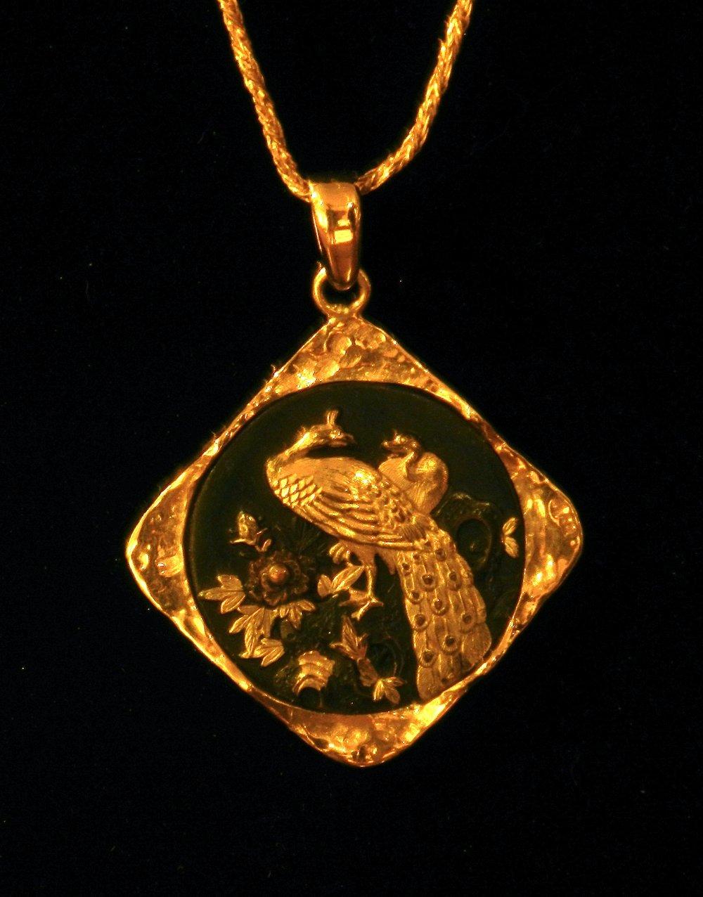 古色古香的金吊坠