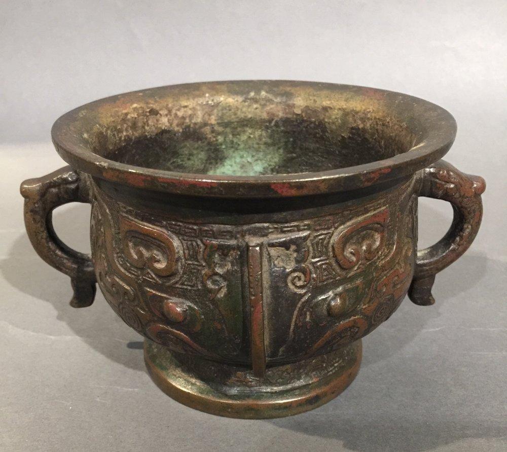 古代青铜香炉
