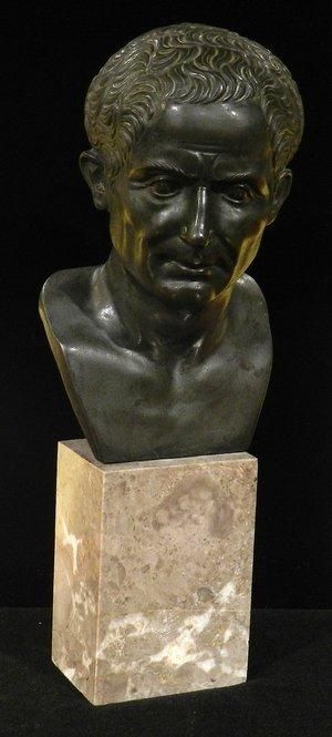 凯撒古董铜胸像