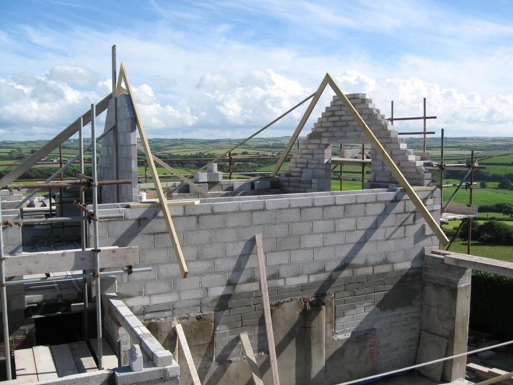 The roof going onto the Corn Keep