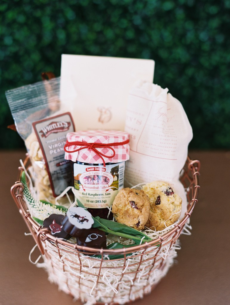 warm welcome: how to create the most fabulous welcome baskets for