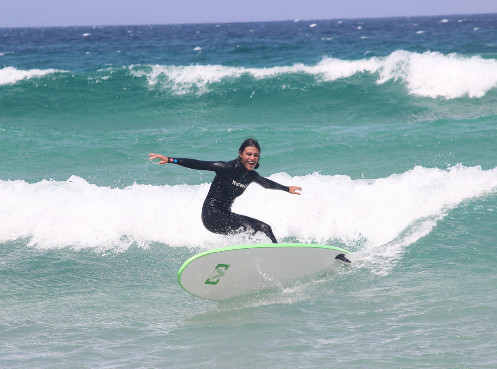 SURF COURSES FOR ALL LEVELS - LEARN AND IMPROVE YOUR SURFING