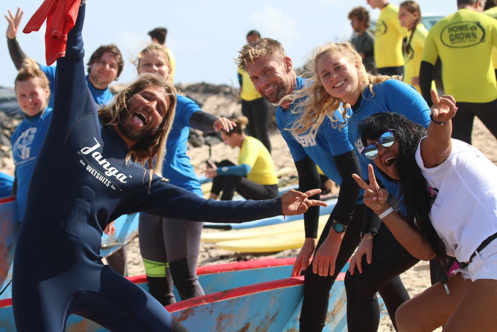 GROUP SURF HOLIDAY -