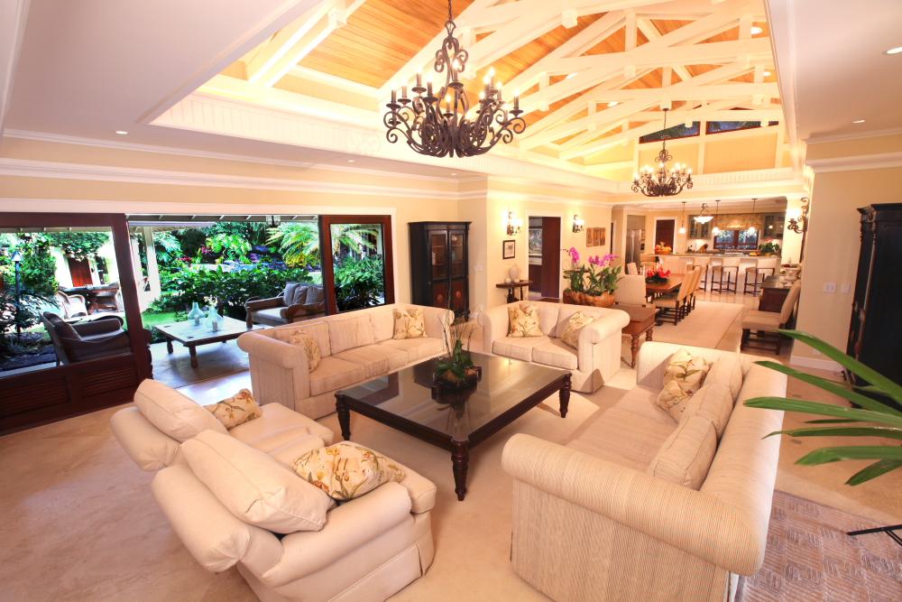 Luxury-at-paradise-point-hawaii.jpg