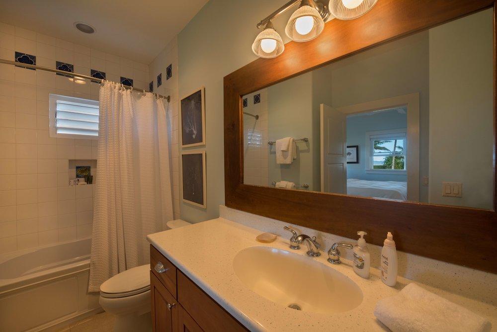 5020wekebathroom7599ret_dm.jpeg