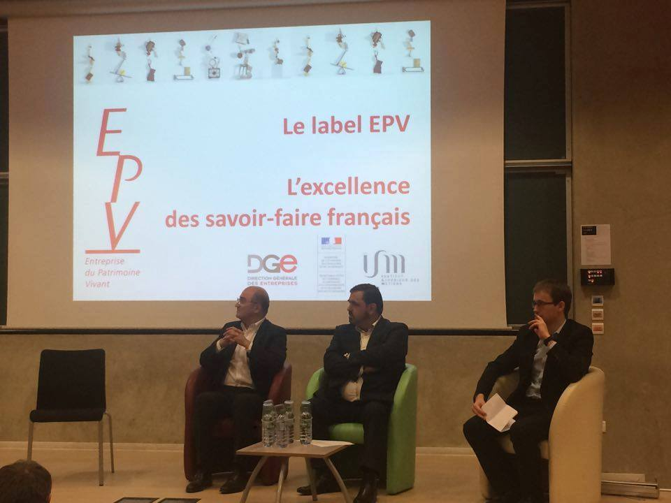 "Foto : Conference on the competitiveness of ""Made in France"" with Romain Ales, President of the Carons'Perfume"