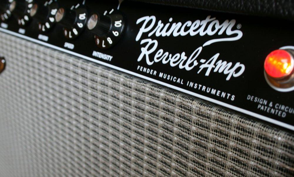 Fender_Princeton_Reverb_Amp_detail.jpg