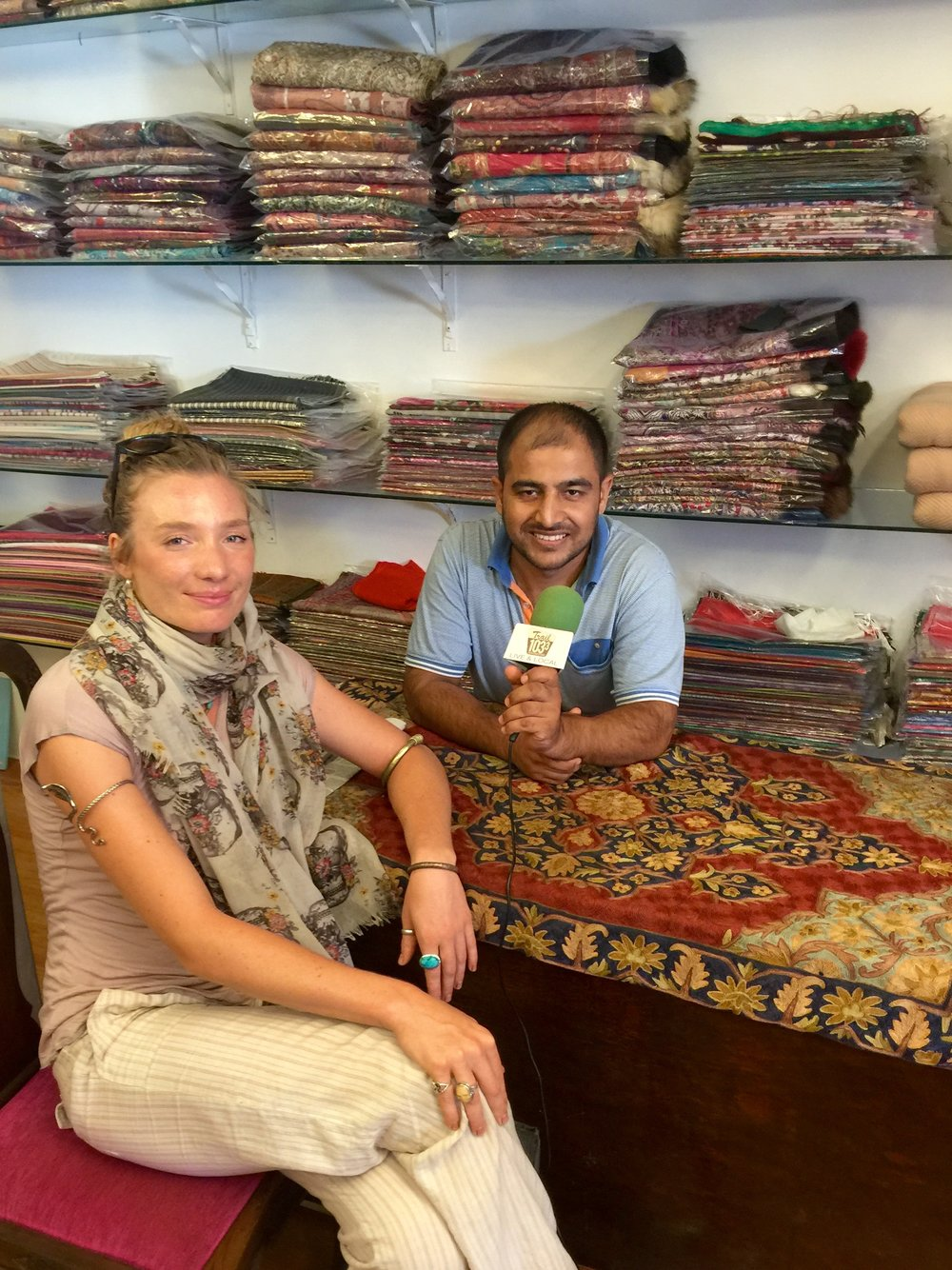 Mandela interviews Tofique Ahmed about the process of making pashmina in Kashmir.
