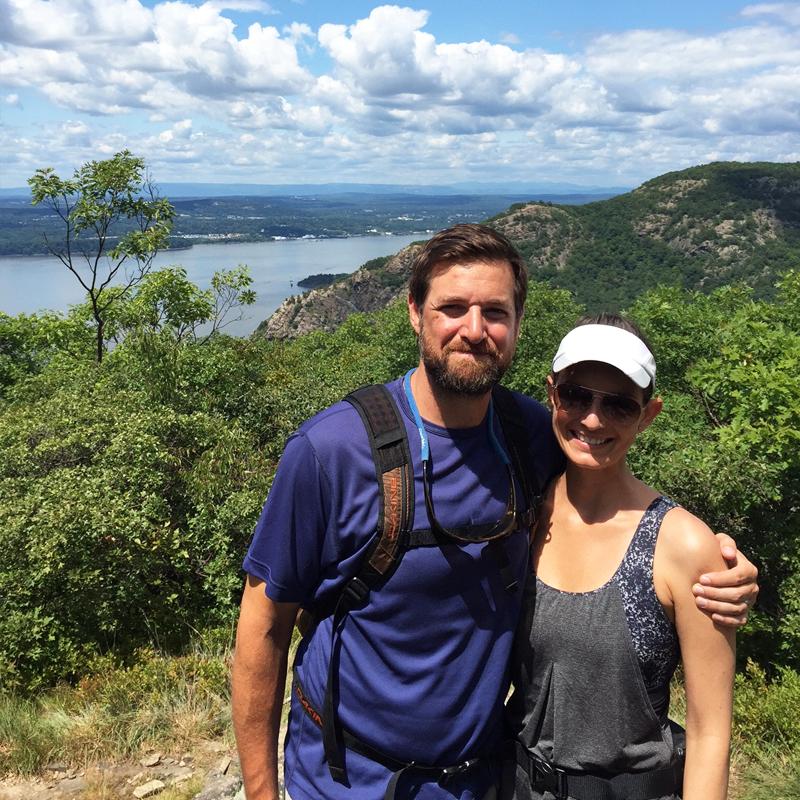 au-hiking-matt-and-lo.png