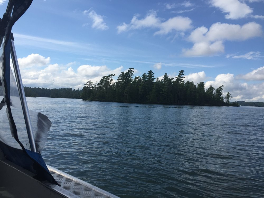 The tour of Temagami Lake