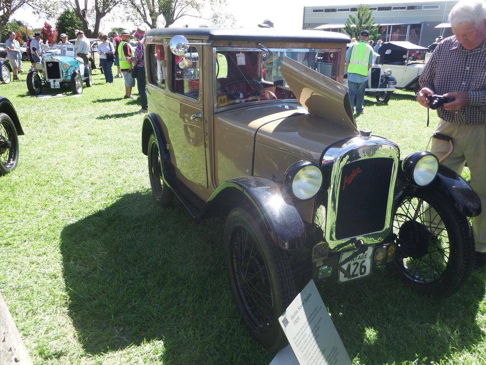 1929 Austin 7 Saloon