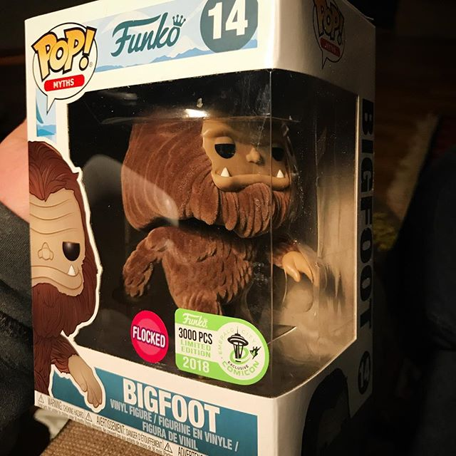 A BIG thanks to @kendradawn for snagging this beauty for us!  @emeraldcitycomiccon @funko_popvinyl @funkopop.news @popvinyl  #bigfoot #sasquatch #cryptozoology #cryptozoologist