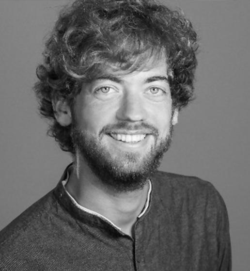 Mirko - Creative Director, Blockchain Enthusiast, Weinexperte und eine grosse Hilfe für Selma. Mirko ist seit August 2017 Kunde von Selma und hilft uns aktiv, Selma zu verbessern.