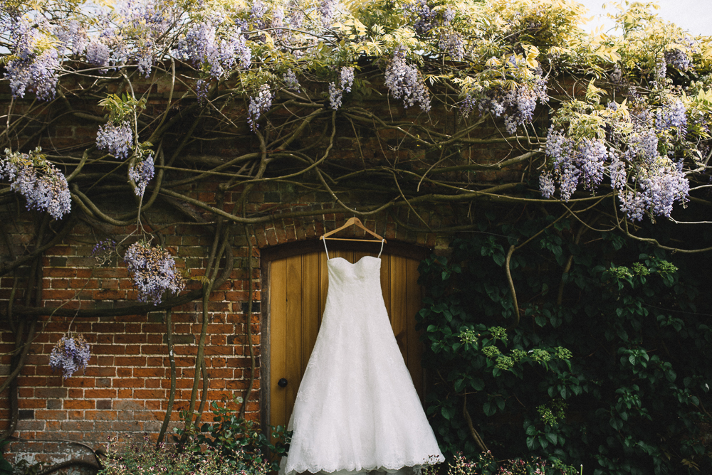 Blake Hall Wedding - Lucie Watson Photography