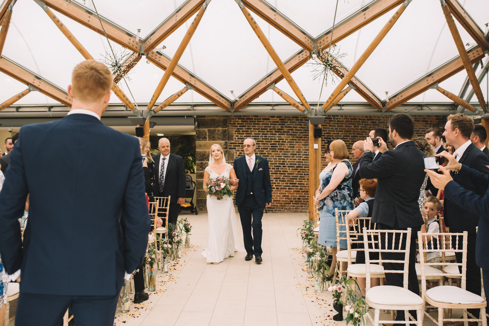 Alnwick Gardens Wedding, Lucie Watson Photography, Northumberland wedding