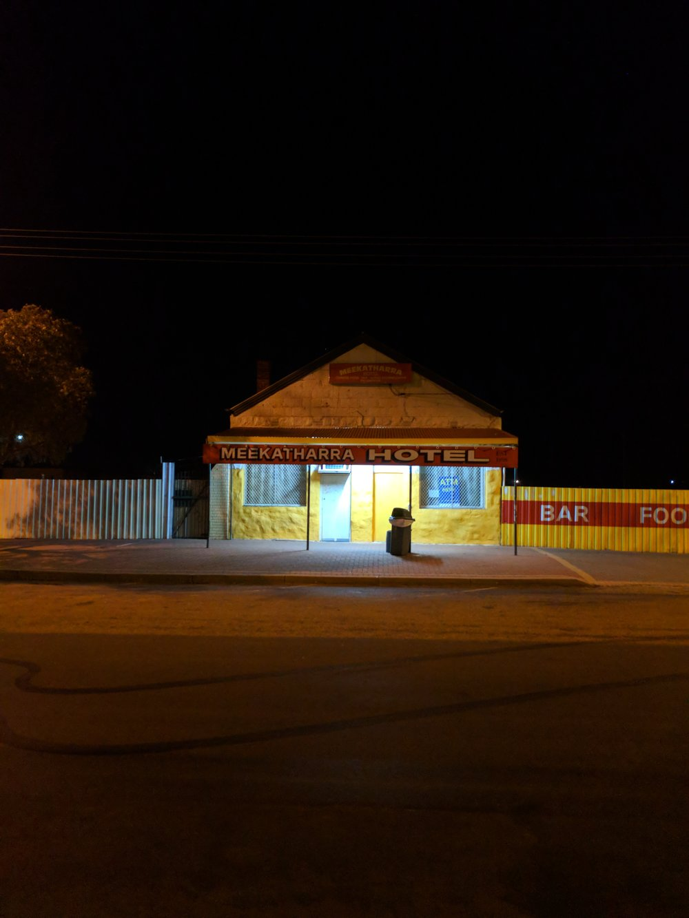 One of Meekatharra's three pub's