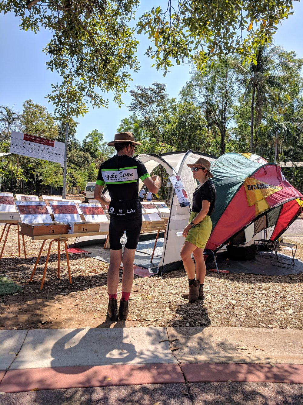 (Sun) Nightcliff Markets, half tent, full lycra