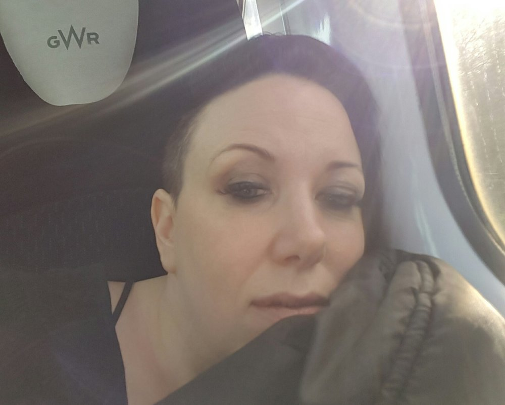 Here's a terrible selfie of me looking shit and tired on a train #fulldisclosure ;)