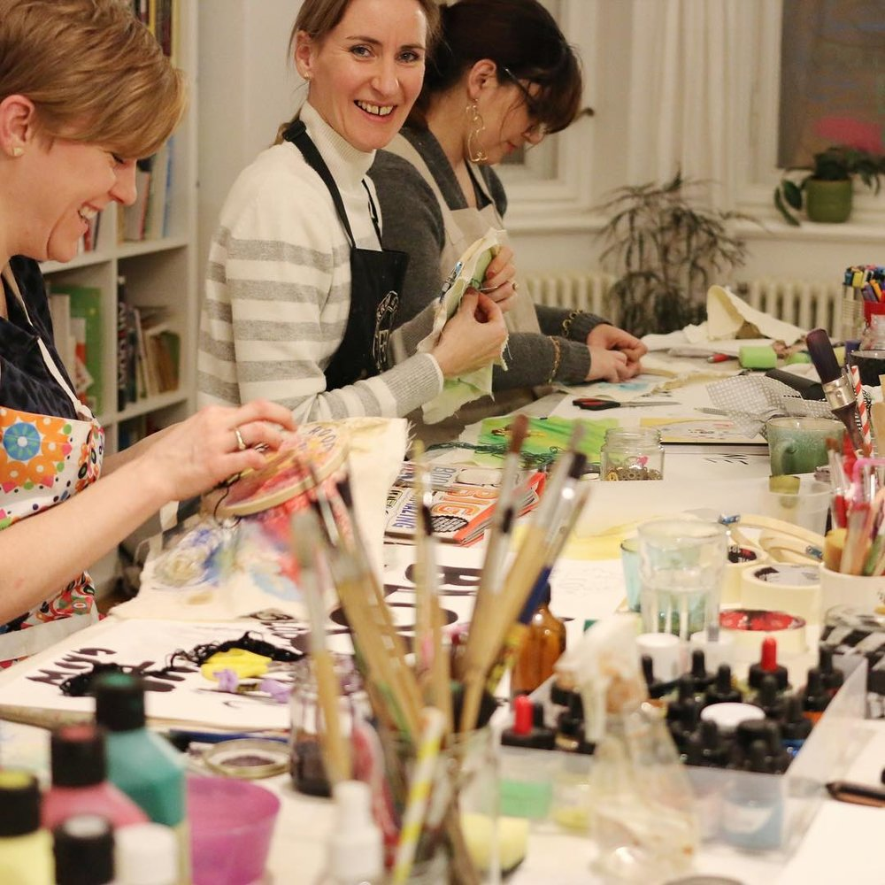 Hen Party Berlin, Art Workshop, Art Night, Ladies art night, private art event, english