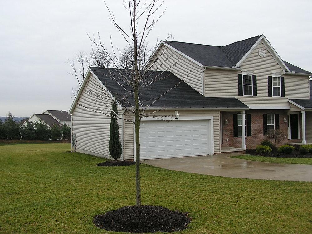 dcs-companies-residential-rental-property-jarvas-road-duplex-akron-ohio.jpg