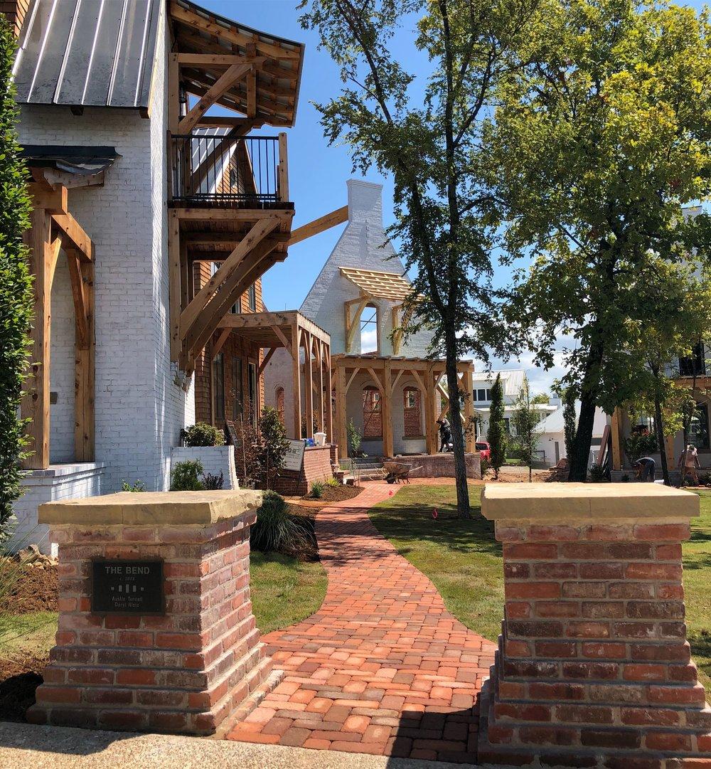 The Bend - a Pocket Neighborhood in Carlton Landing