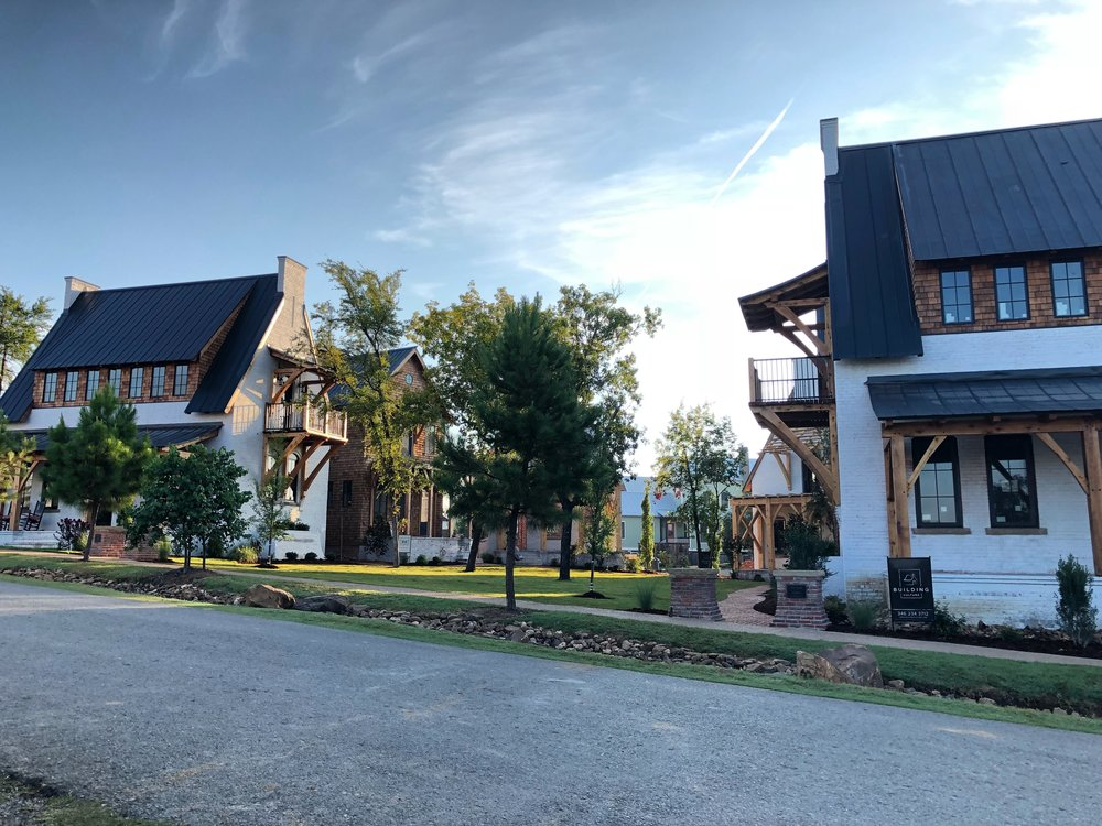 The Bend - A Pocket Neighborhood in Carlton Landing - by Building Culture