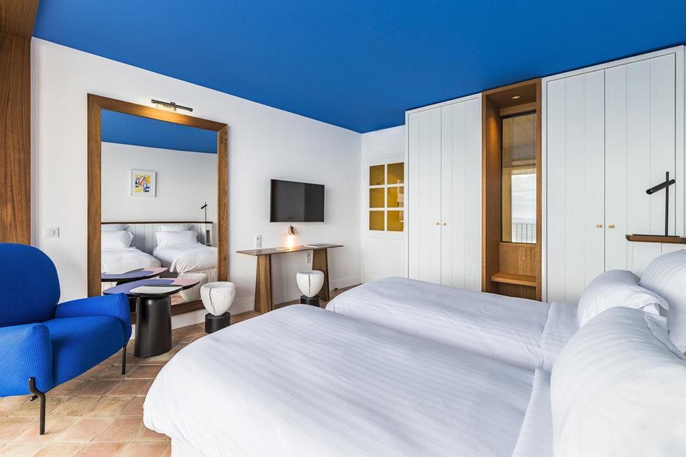 hotel-bailli-suffren-chambre-mer-balcon-2.jpg