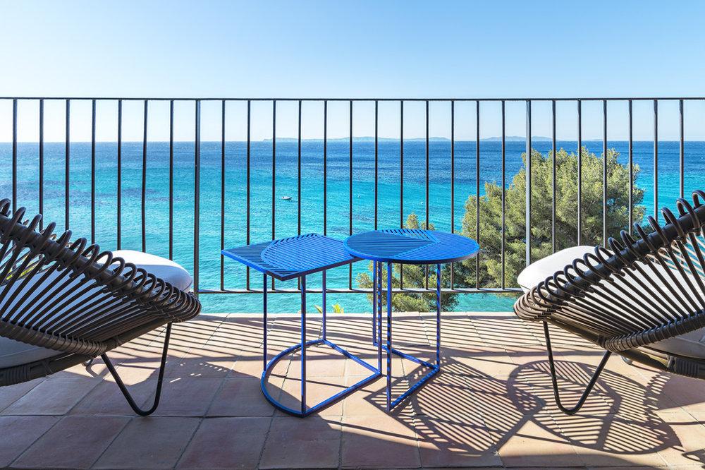 hotel-bailli-suffren-chambre-mer-balcon-3.jpg