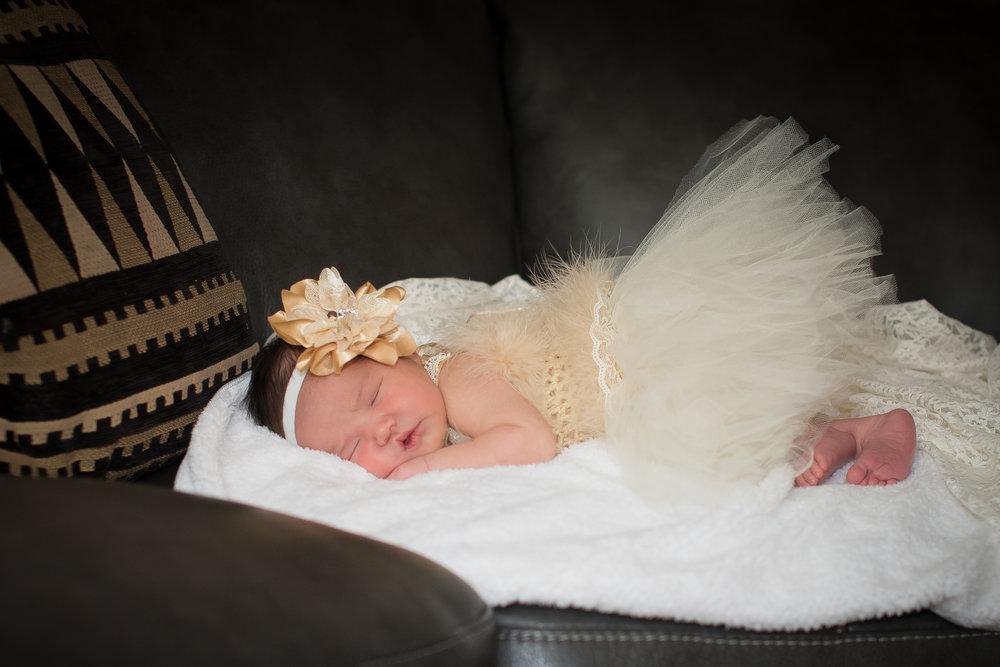 Newborn & Baby -