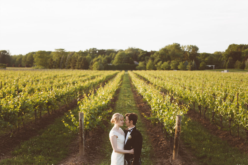 amanda cowley events niagara wedding planner kurtz orchard gracewood estate sunset bride and groom portraits vineyard romantic
