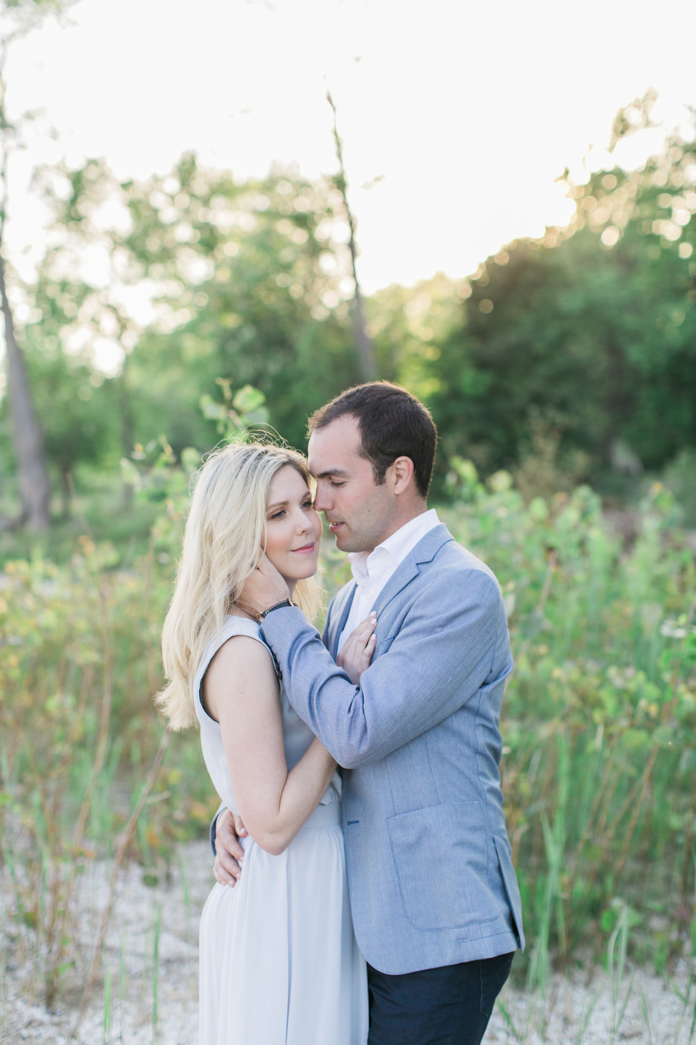 amanda cowley events niagara wedding planner beach engagement session sand dunes