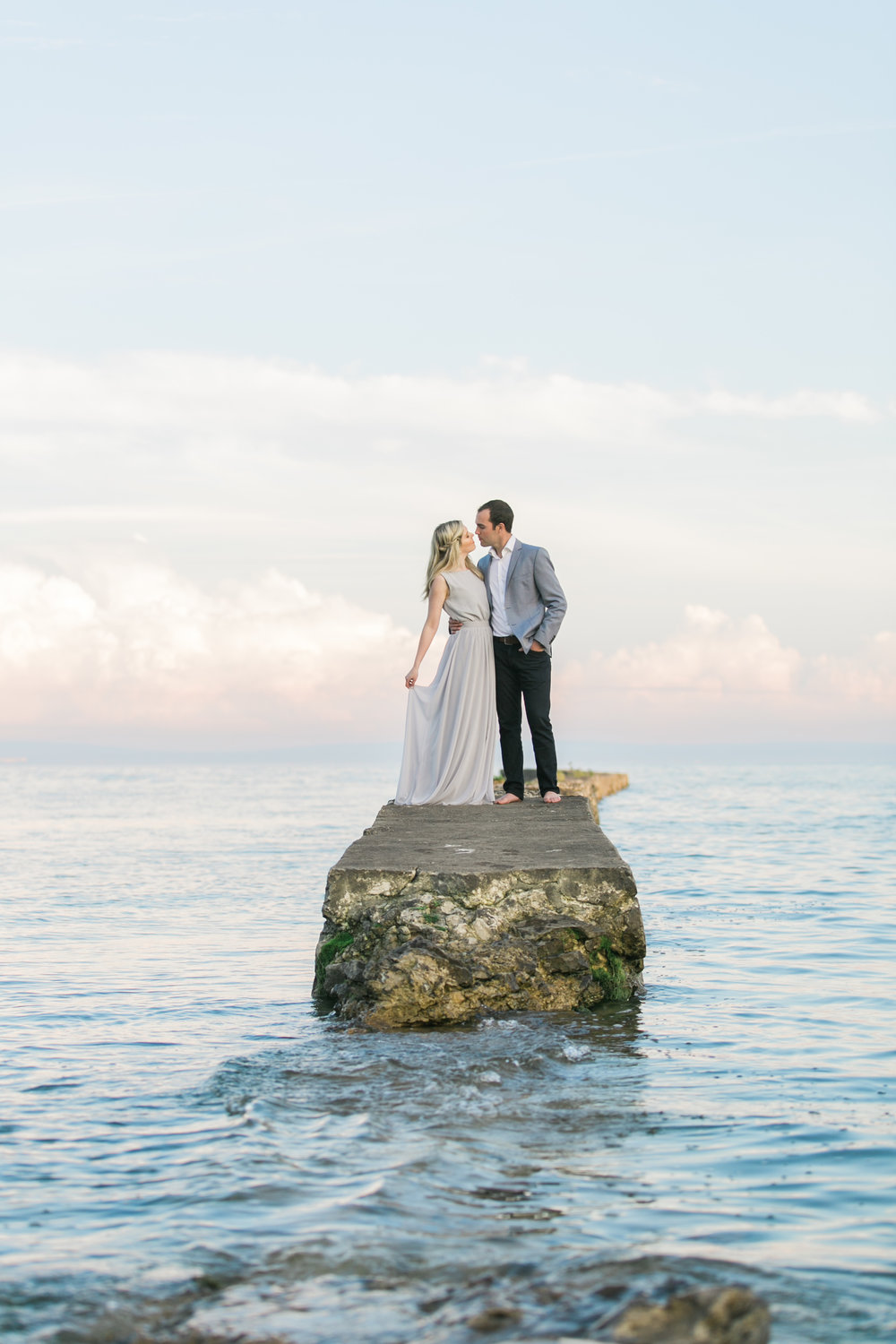 amanda cowley events niagara wedding planner beach engagement session sunset romantic on a pier