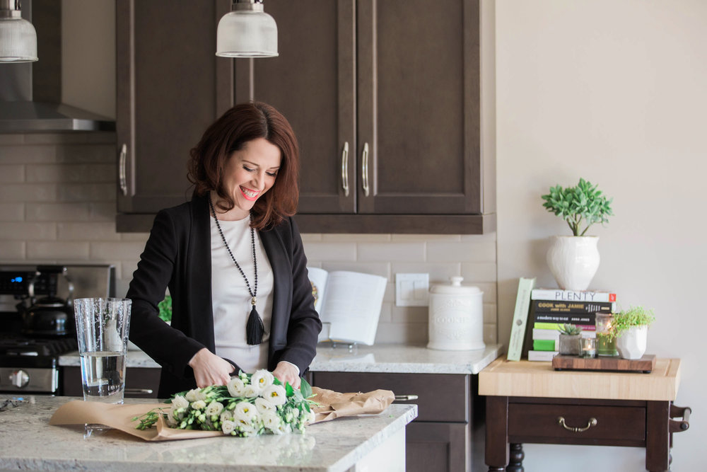 amanda cowley events niagara wedding planner at home lifestyle session business portrait