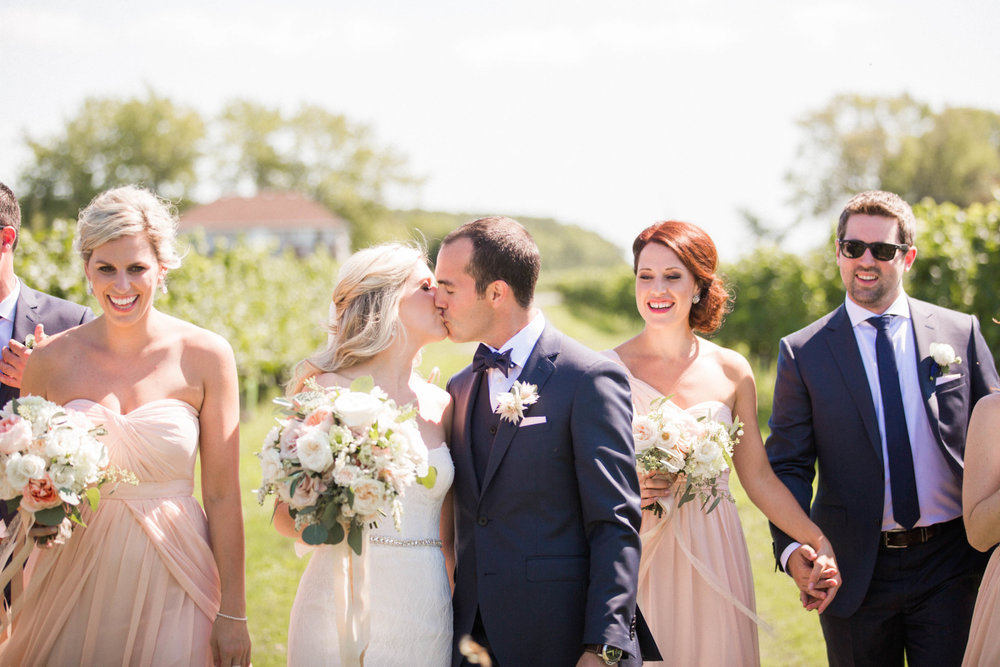 white oaks summer wedding niagara on the lake blush and navy amanda cowley events wedding planner nataschia wielink photography