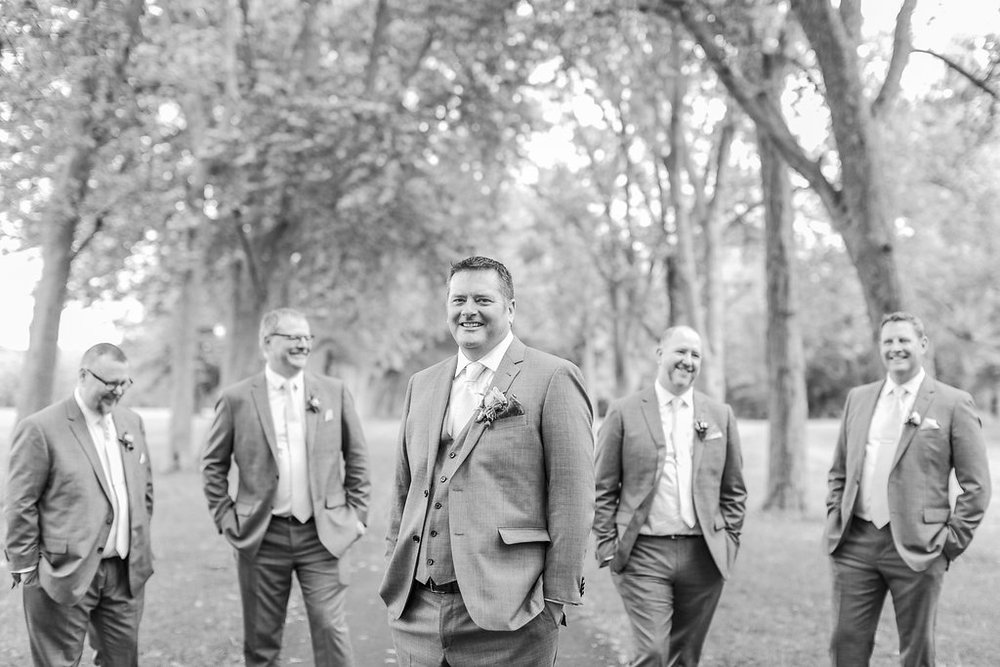 amanda cowley events niagara on the lake fall wedding niagara wedding planner queens landing elizabeth in love photography