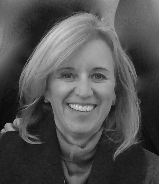 Dina Crnkovich, Grants & Funding coordinator, career coach