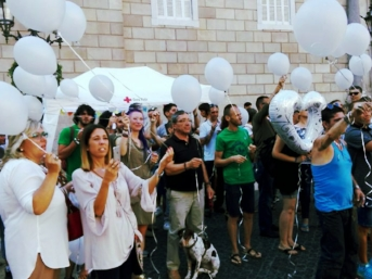 Campaign, spread the word, talk to the press; get involved to create change! (Pic of Overdose Awareness Day in Portugal)