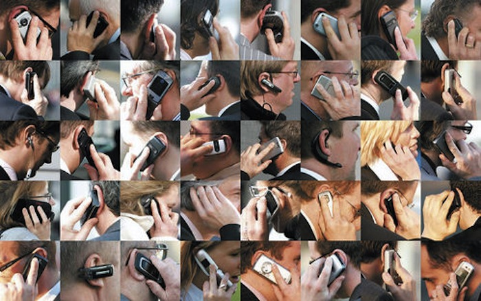 40-people-talking-on-their-cell-phones-thursday-at-the-cebit-tech-fair.jpg