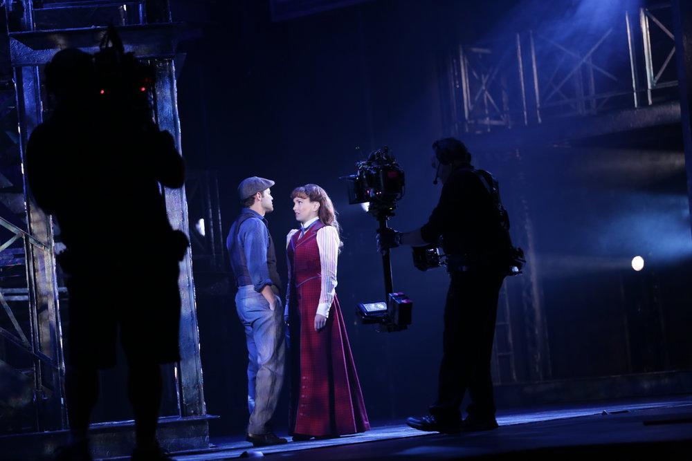 Newsies_Filming_JeremyJordan_KaraLindsay_Photo_By_Disney_TheatricalProductions7.JPG